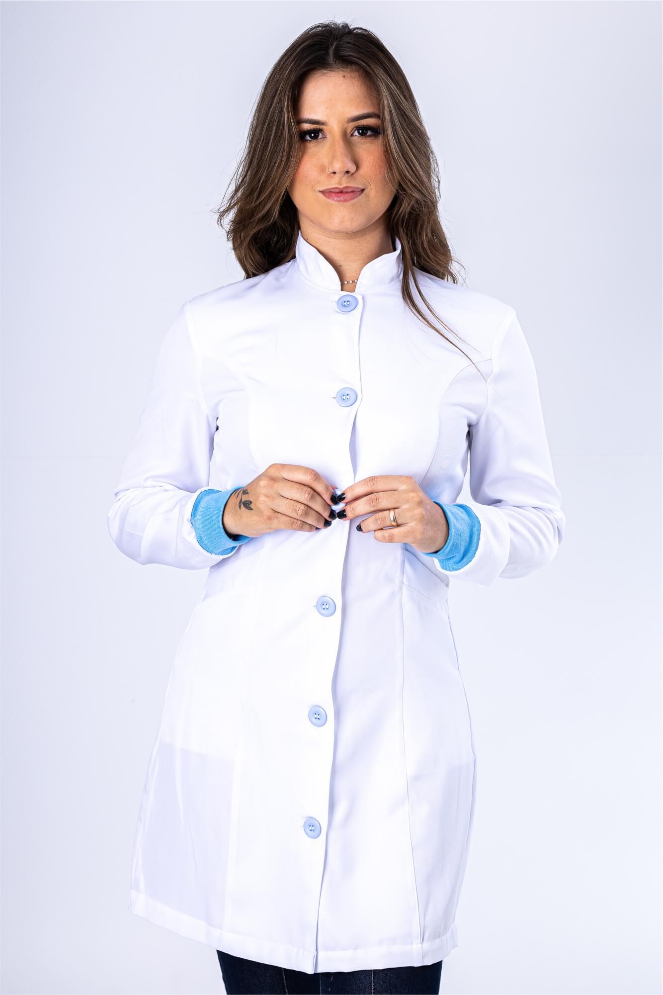 Jaleco Feminino Branco Acinturado com Punho Azul Claro