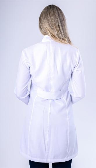 Jaleco Feminino Branco Acinturado com Punho Lavanda