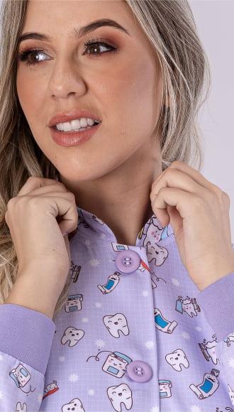 Jaleco Feminino Odontologia Estampado Acinturado Gabardine Dentinhos Lilas